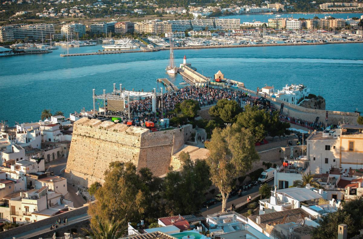 IMS Ibiza Point Blank