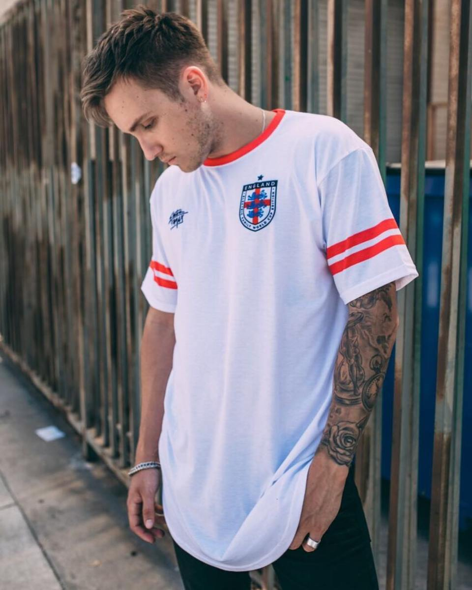 electric family world cup jersey england