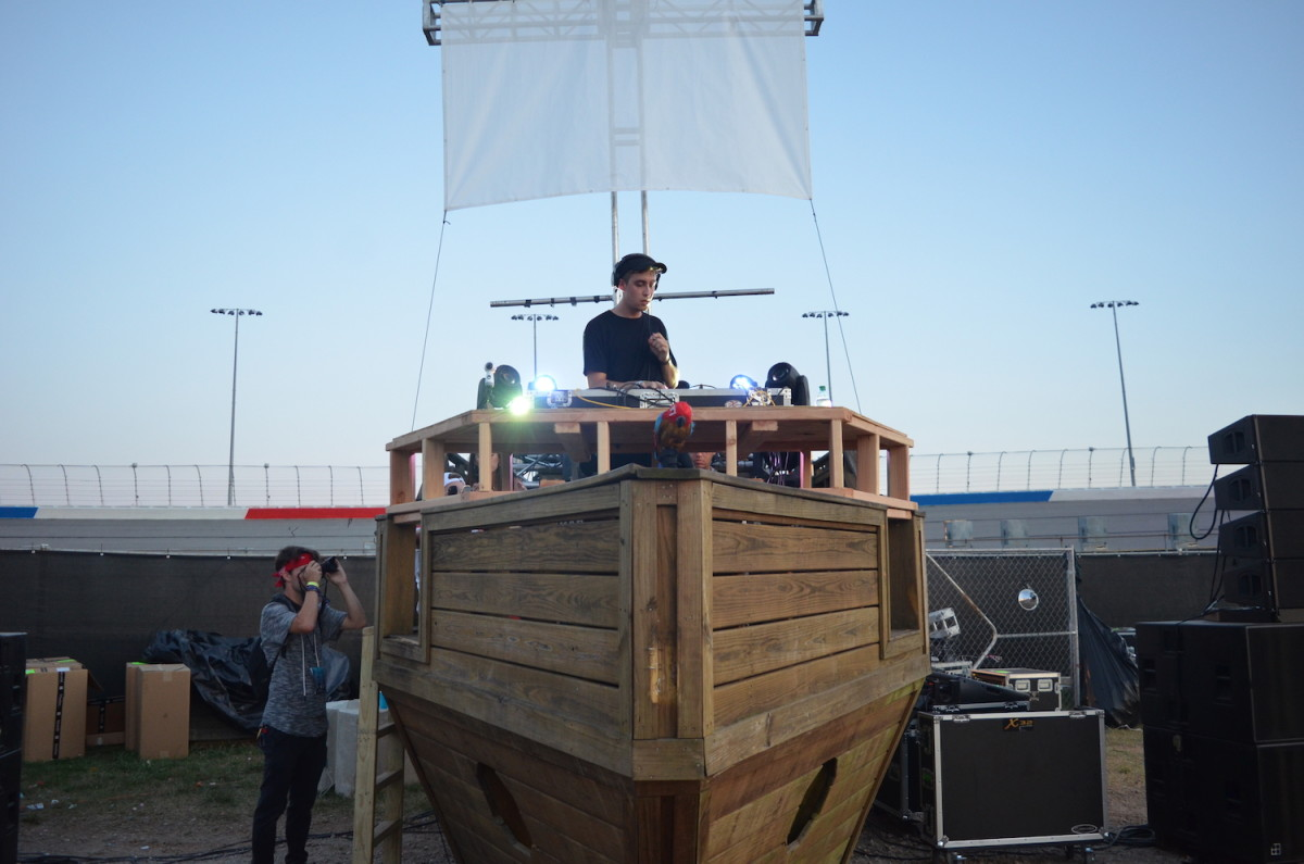 Imagine Festival 2017 Shipwreck Stage