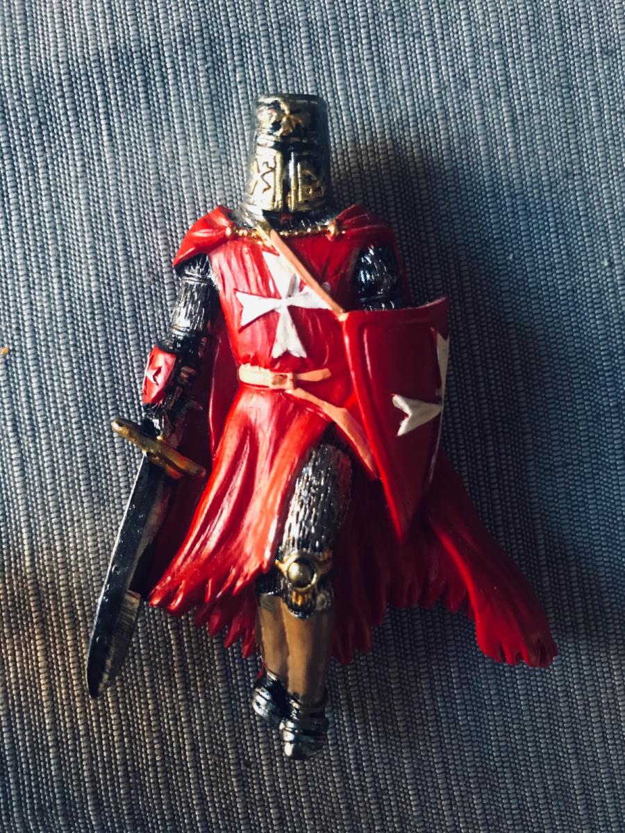 Knight King of Malta