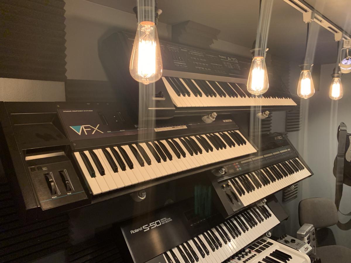 ADDITIONAL Synth Pic