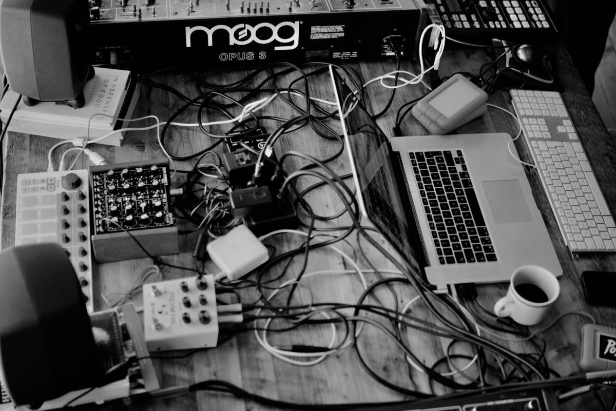 Studio Mess Gear Equipment Moog
