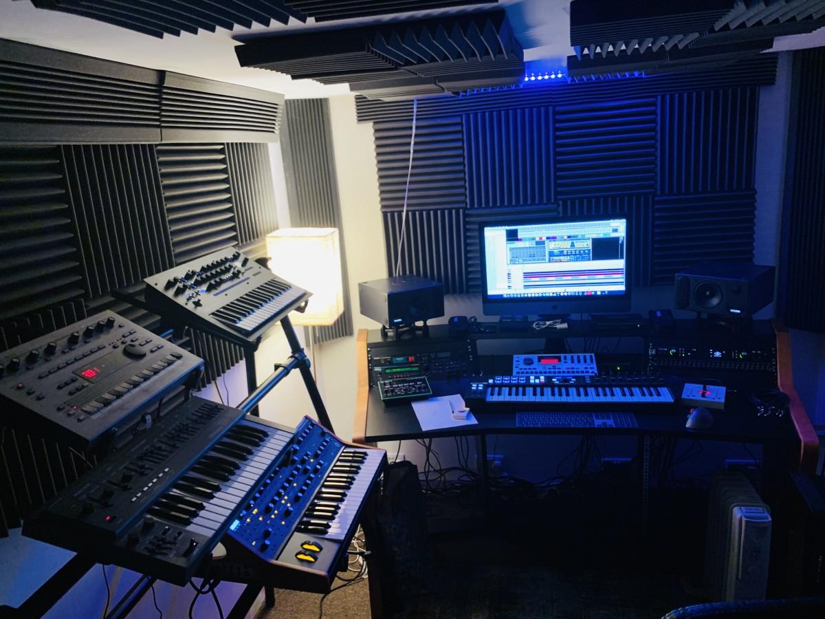 Ron Spiteri Studio wide