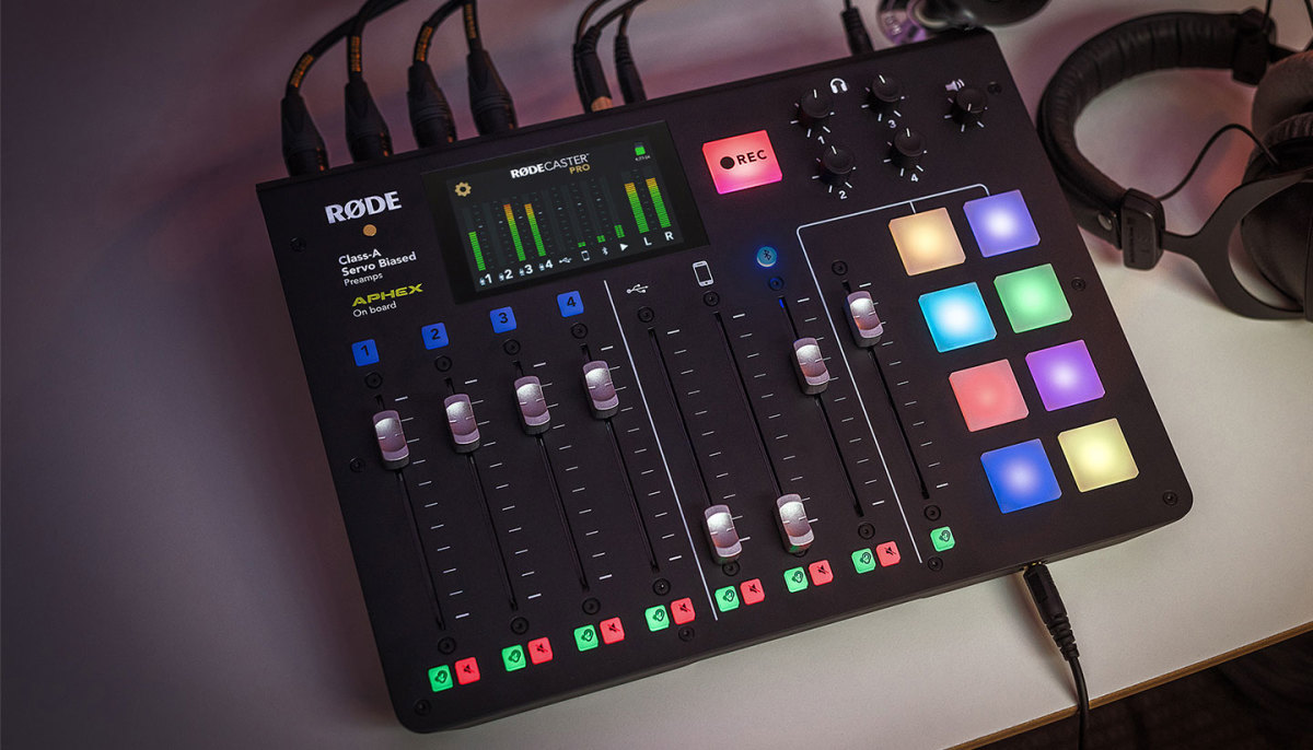 RODE Mics RODECASTER Pro