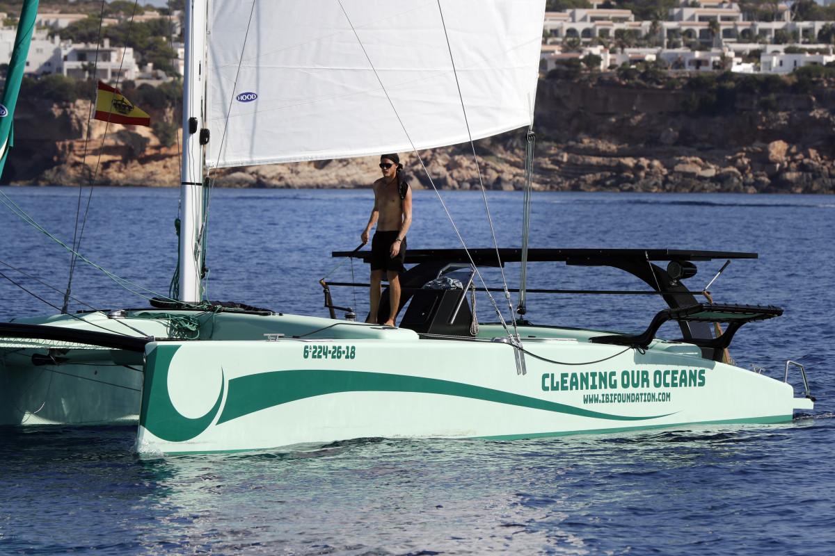 iBi Foundation Boat