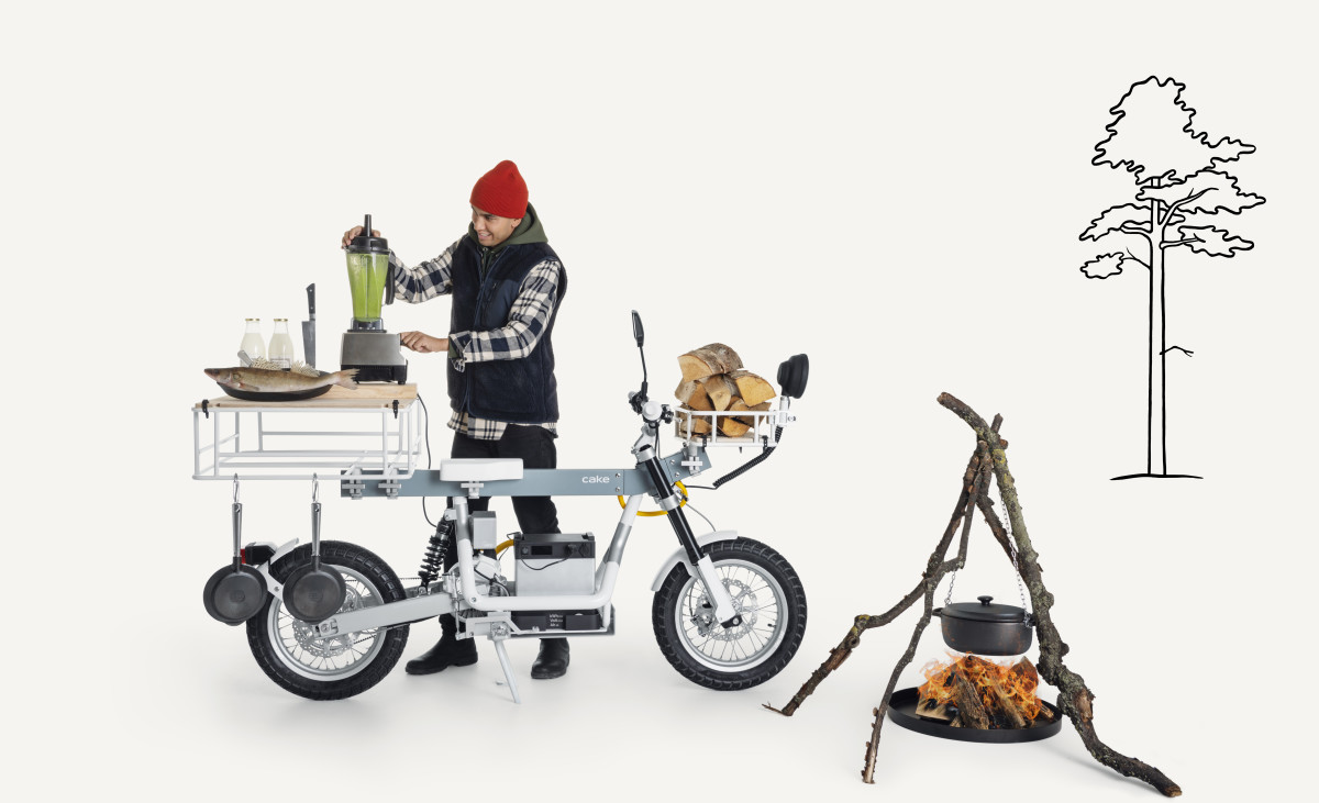 Cake Osa Motorbike Cooking Camping