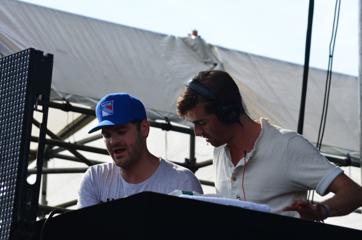 The Chainsmokers Somewhere Else On Long Island In 2015