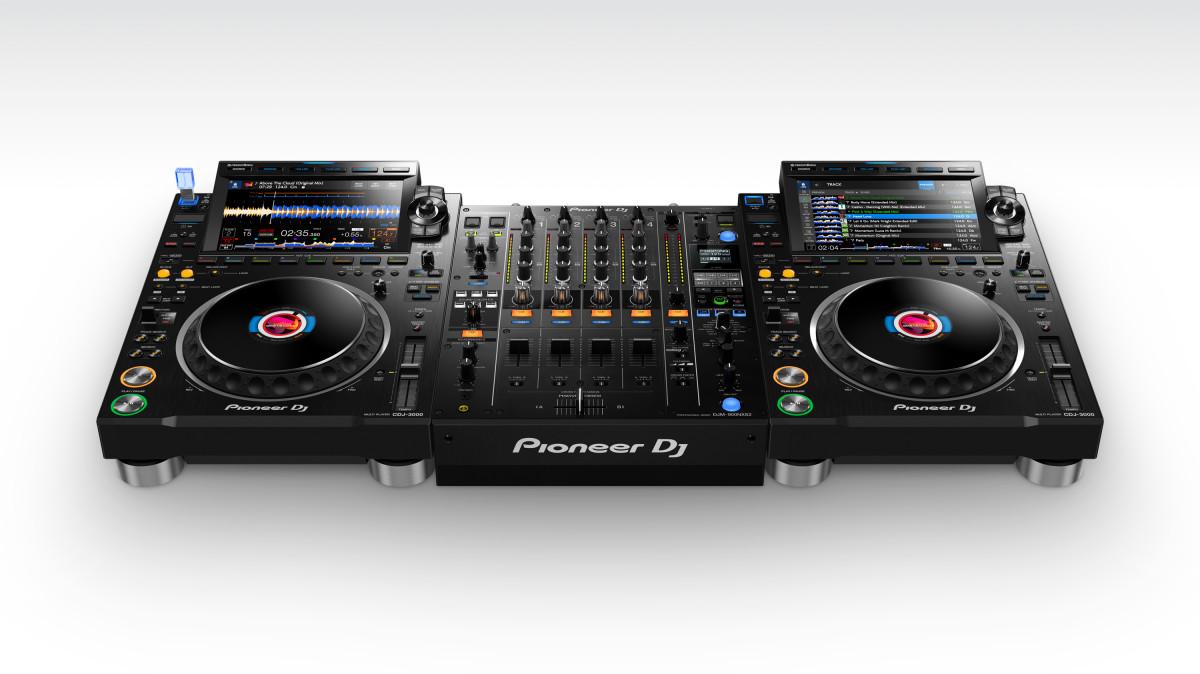 Pioneer DJ CDJ-3000 Black setup