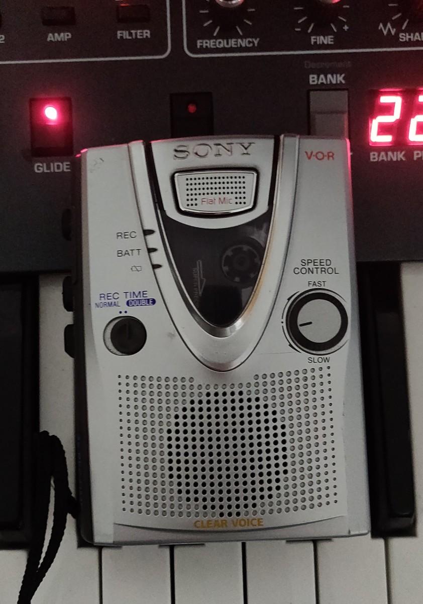 Sony TCM 400DV