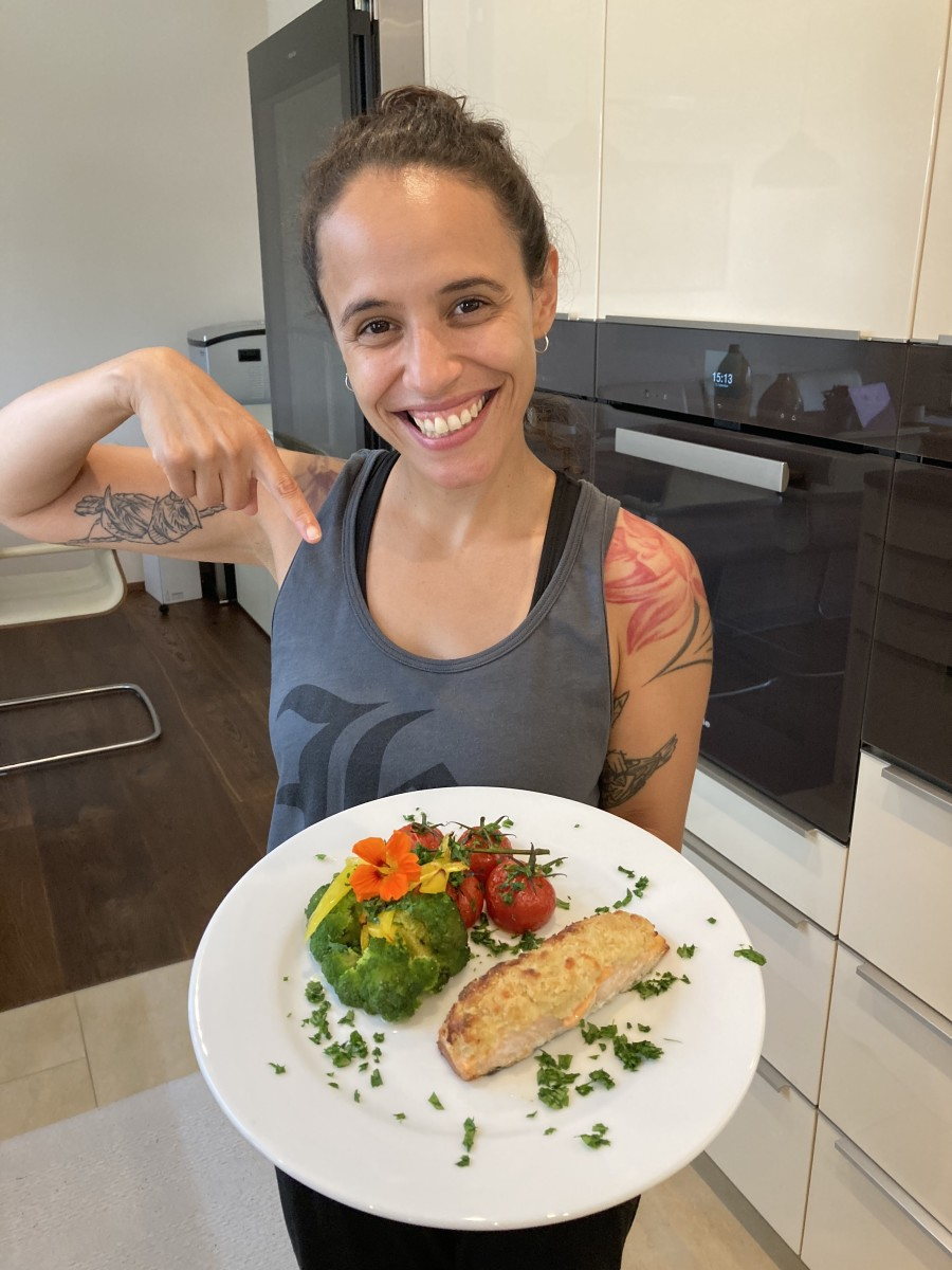 Joyce Muniz Salmon & Veggies Food