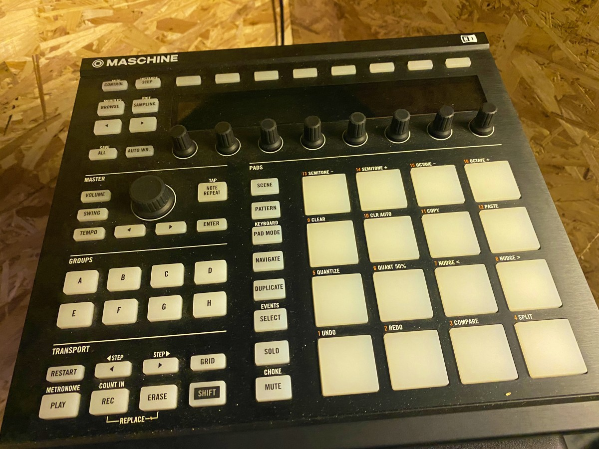 Native Instrument Maschine MK2