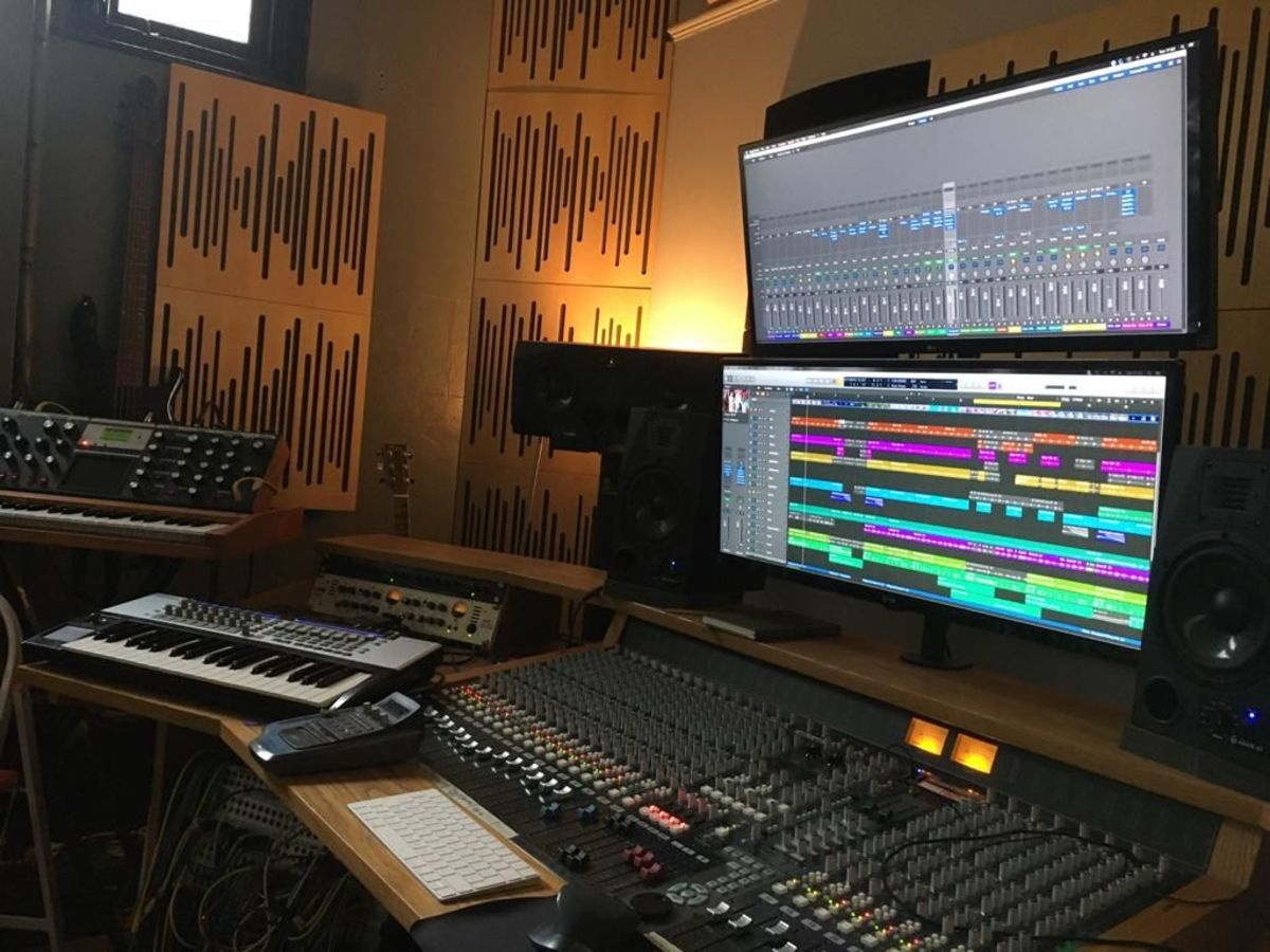 Leftfield Bass Producer Alex Bank's Studio In Brighton