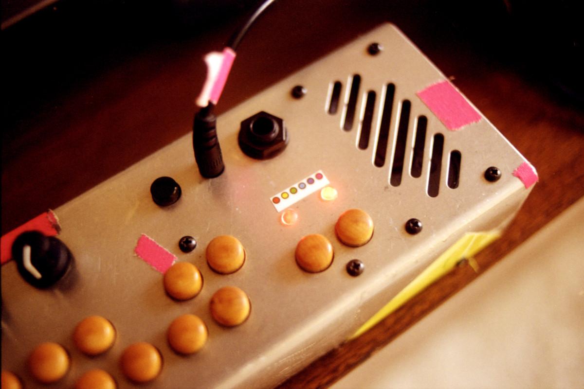 Ela Minus Pocket Piano