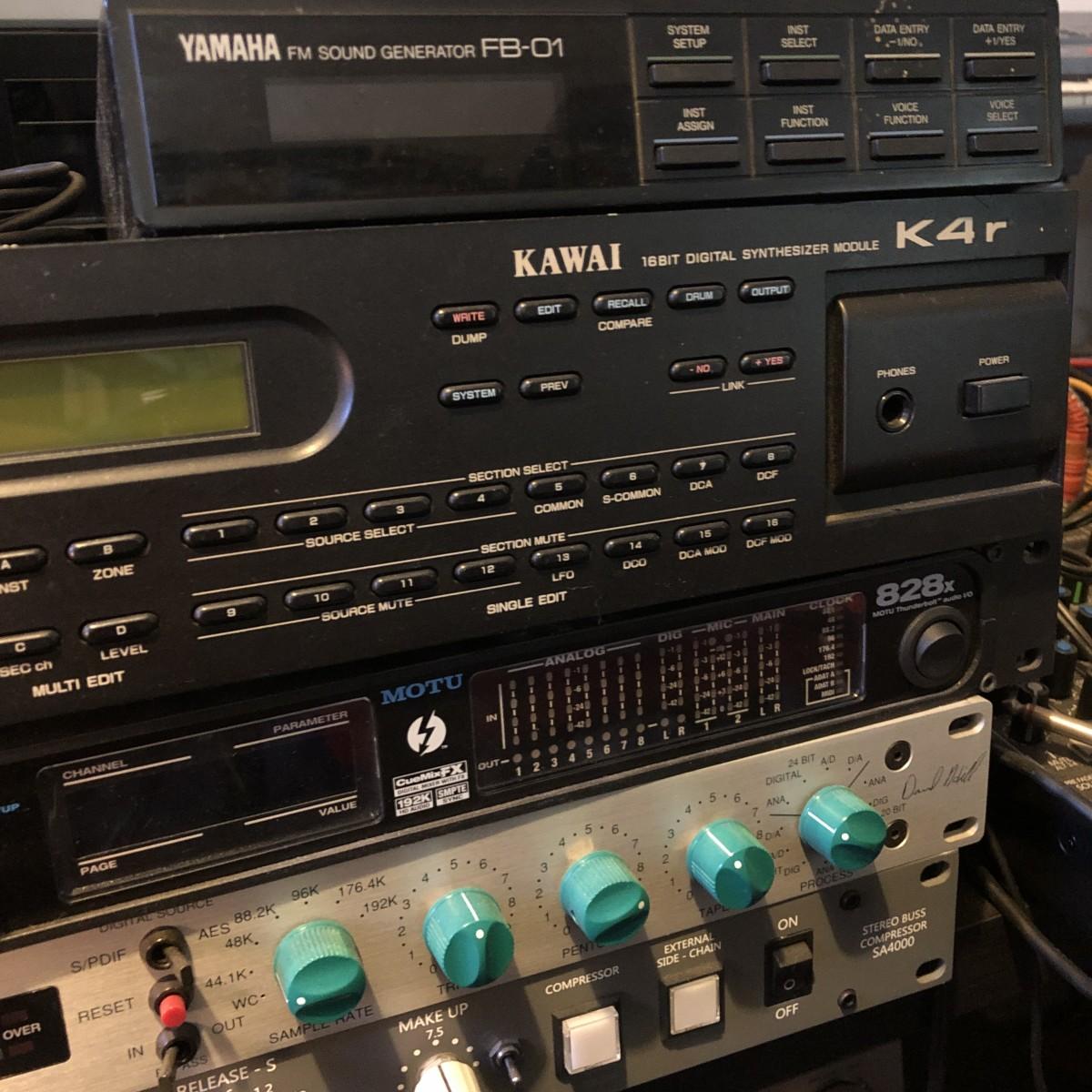 Yamaha FB-01 Kawai KR4