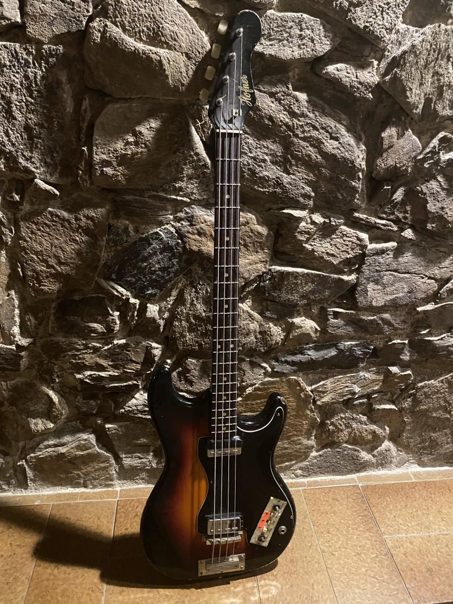 Höfner 182 Bass