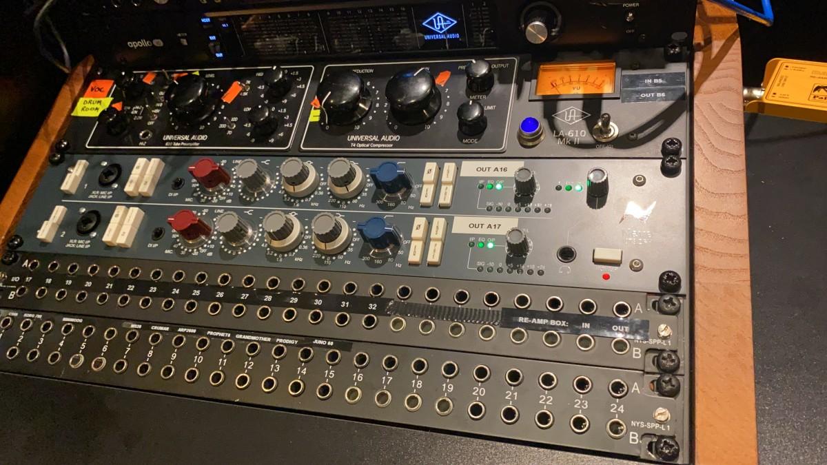 AMS Neve 1073 Dual Pre-Amp