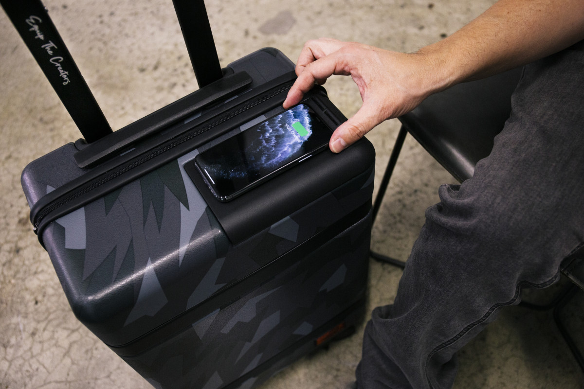 Hex Wireless Carry On Suitcase