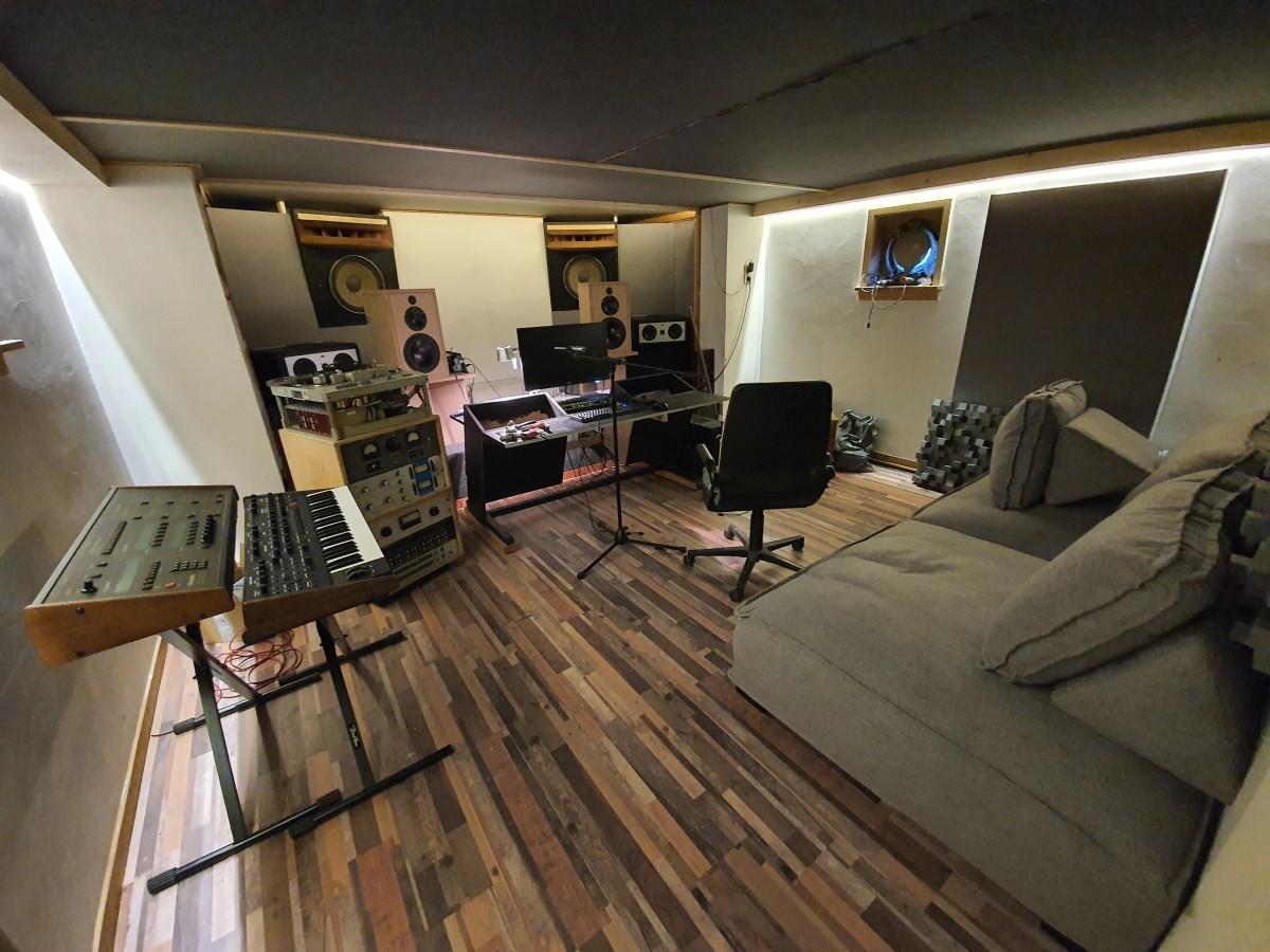 Cubicolor New Studio