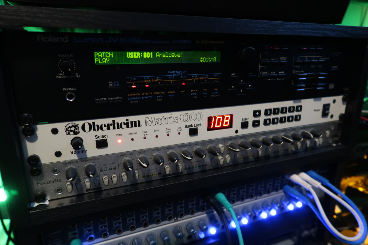 Phaeleh Overheim Matrix 1000