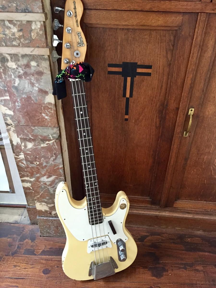 Ibanez bass - Transistorcake
