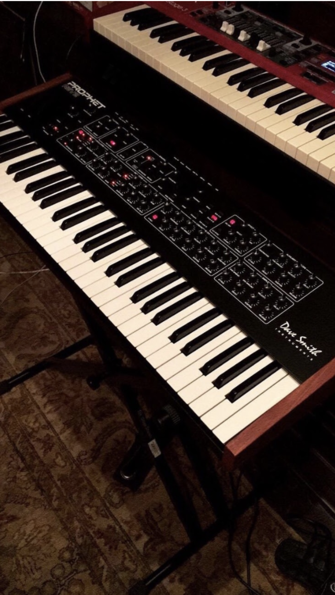 Dave Smith Instruments Sequential Prophet Rev 2 Analog Synthesizer
