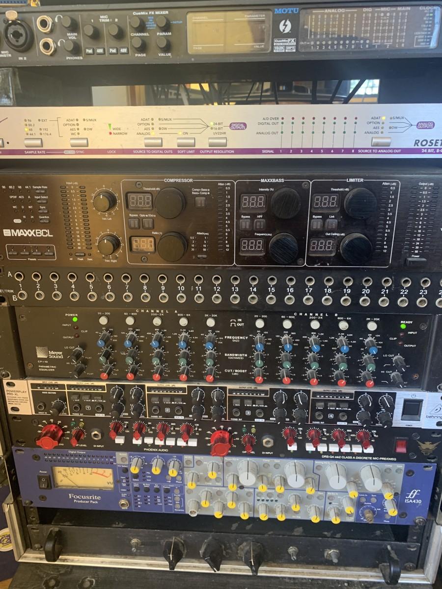AD:DA mixing rig