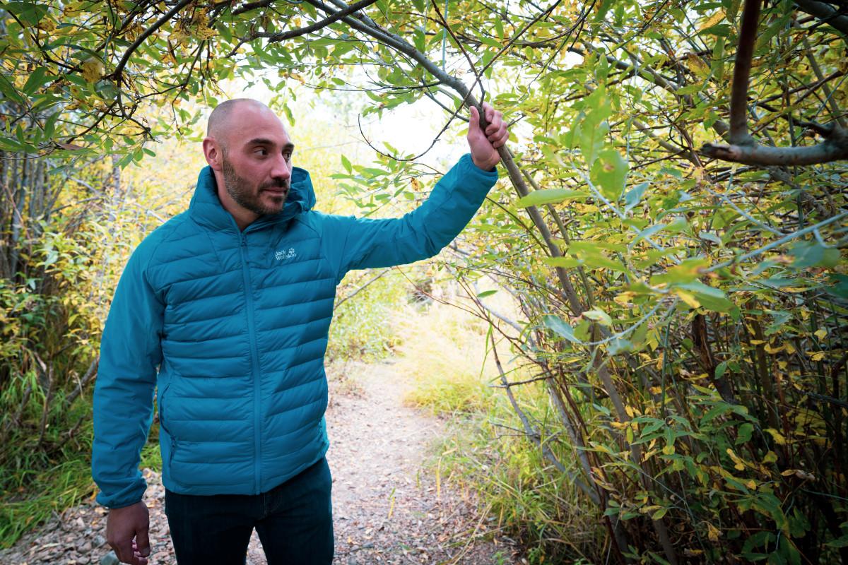 Brett wears Jack Wolfskin Hybrid Jacket in blue