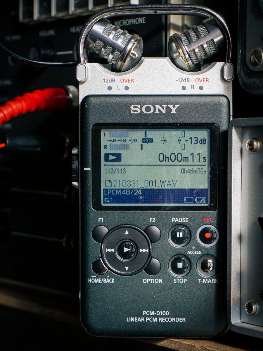 Sony D100 Recorder