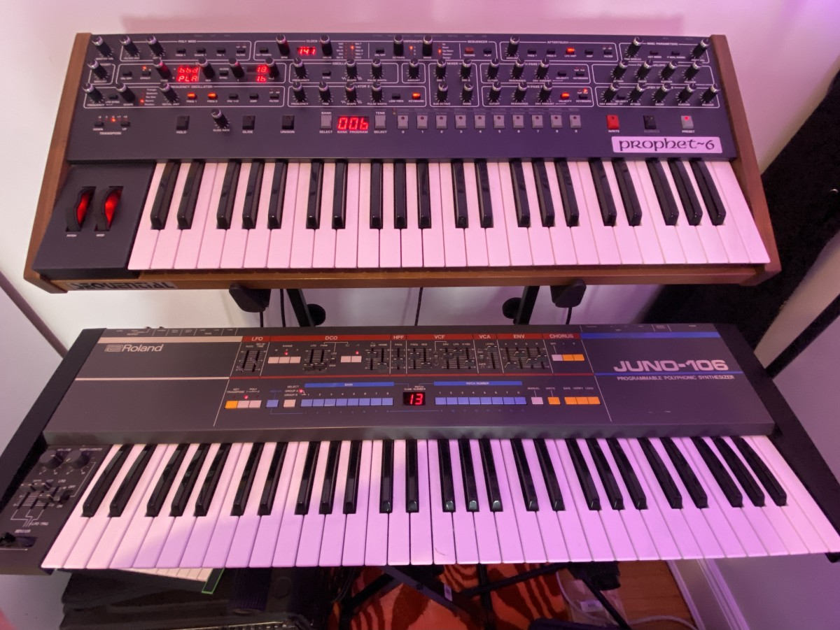 Dave Smith Instruments Sequential Prophet-6 & Roland Juno-106