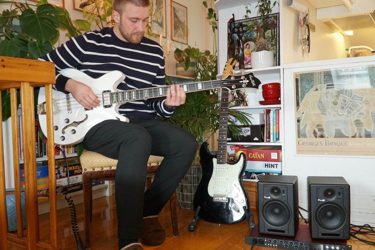 Jonas Hibiki Bass and Home Studio equipment