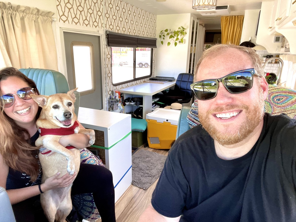 Luke & Vivian Hunter with their dog Sandy