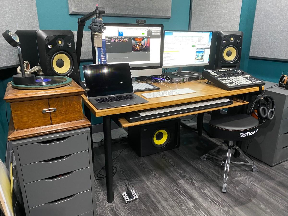 Magnetic Studios
