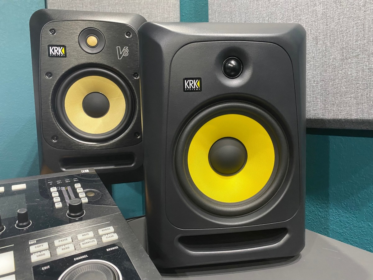 The KRK V8 & new CLASSIC 8 in front - Magnetic Studios