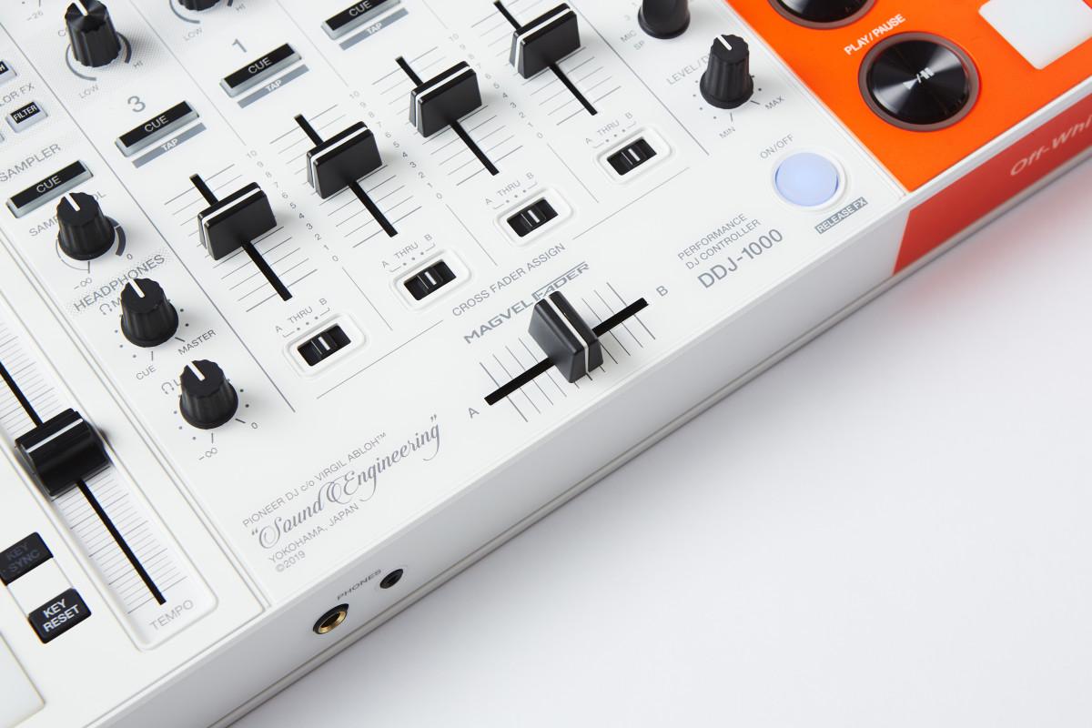 Pioneer DJ DDJ-1000-OW