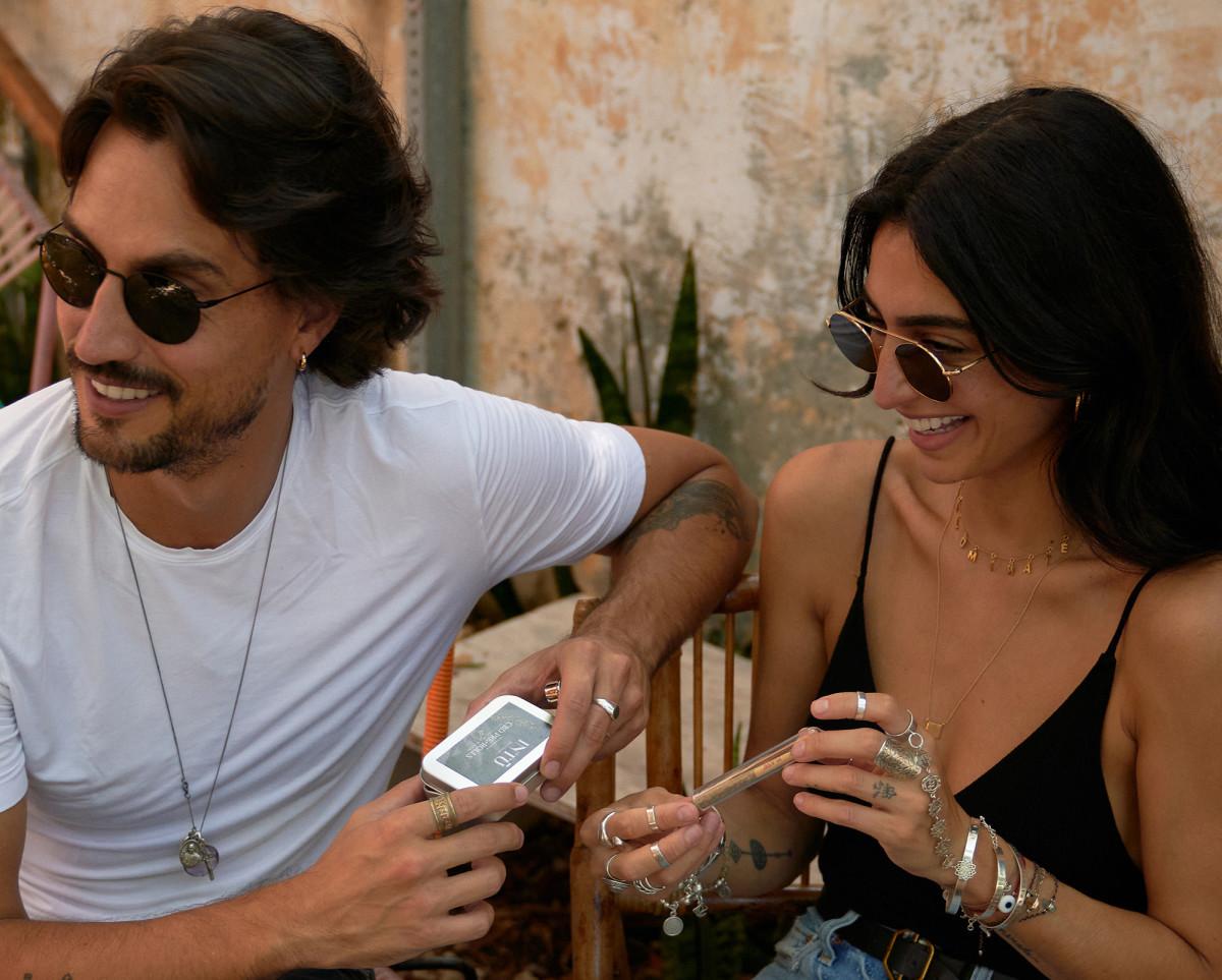 Santiago & Valeria