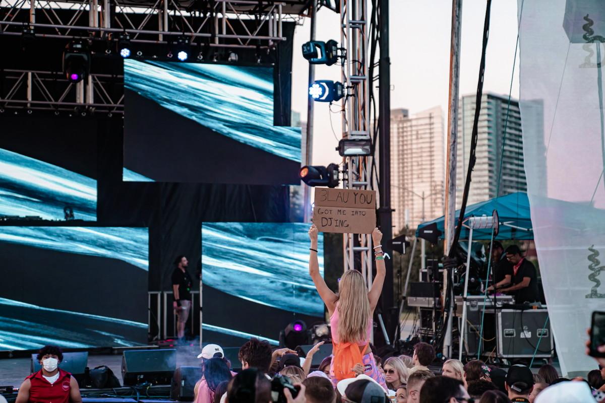 3LAU Crowd Blended Festival 2021
